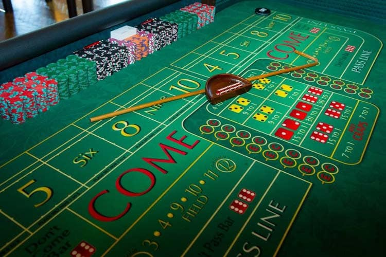 Casino Party Games | Craps Table