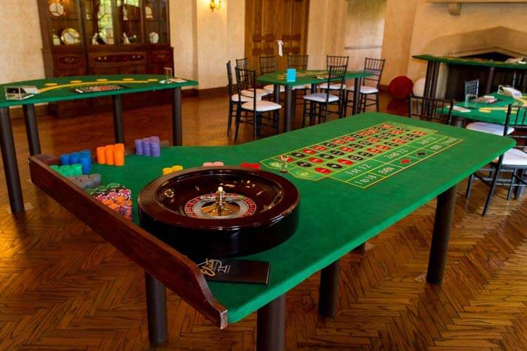 Casino Party Games | Roulette Table