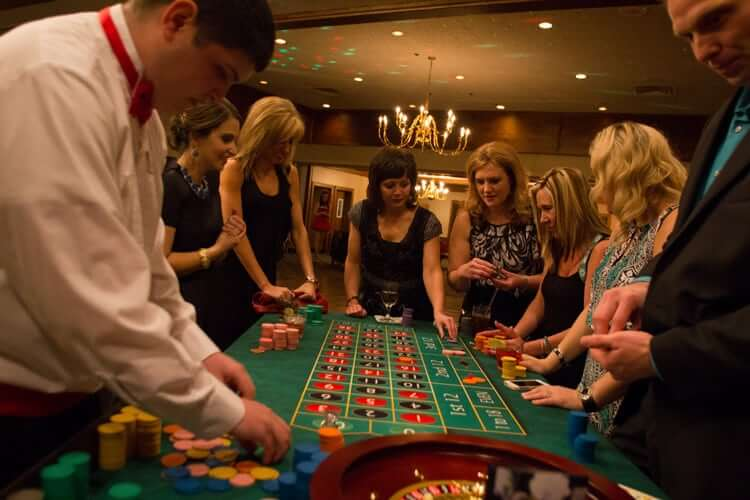 Make Your Casino Birthday Party Exciting With Roulette, Craps & Blackjack!