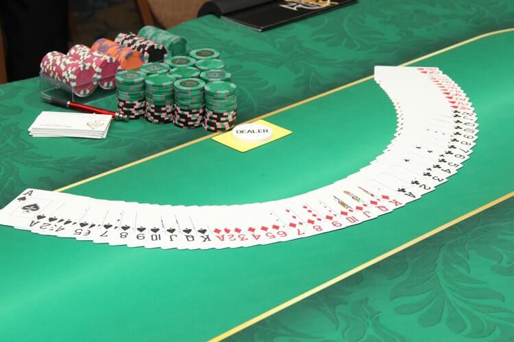 Casino Party Games | Texas Hold'em Poker
