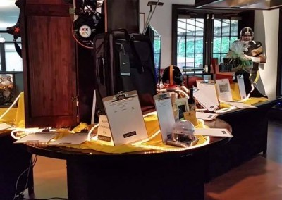 The Silent Auction - Screams Steelers!