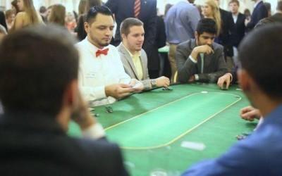 Texas Hold'em Poker | A Tutorial for Beginners