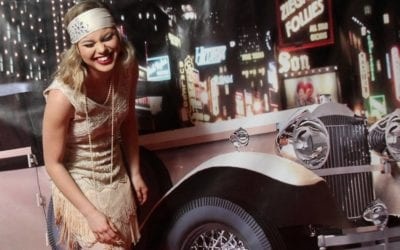 How to Plan a 1920s Party Theme – Gatsby, Speakeasy, or Harlem Nights
