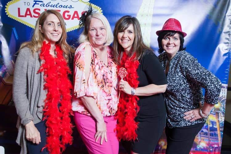 Las Vegas Photo Booth Fun with an Elite Showgirl