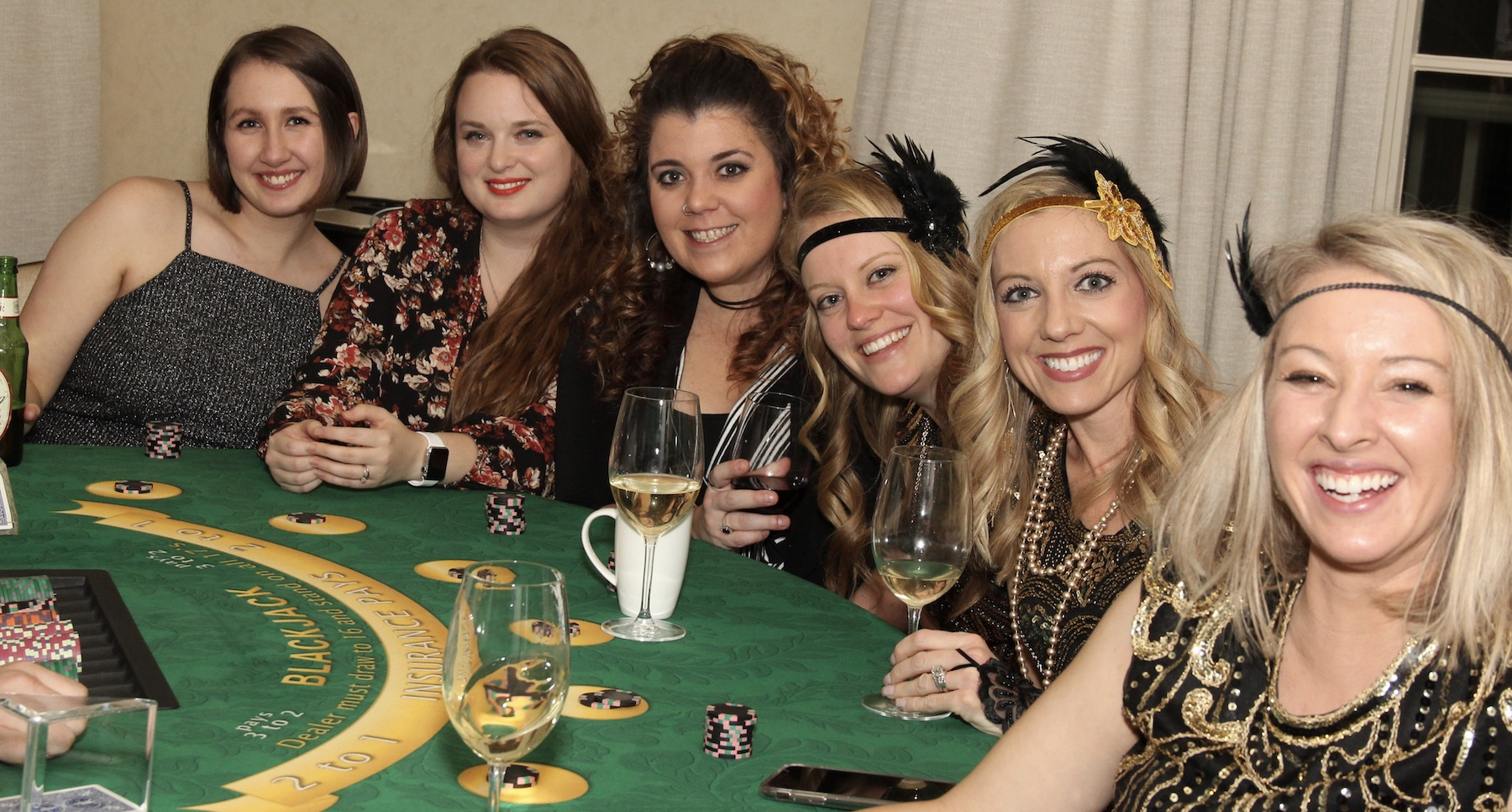 Beautiful Flappers and Blackjack!