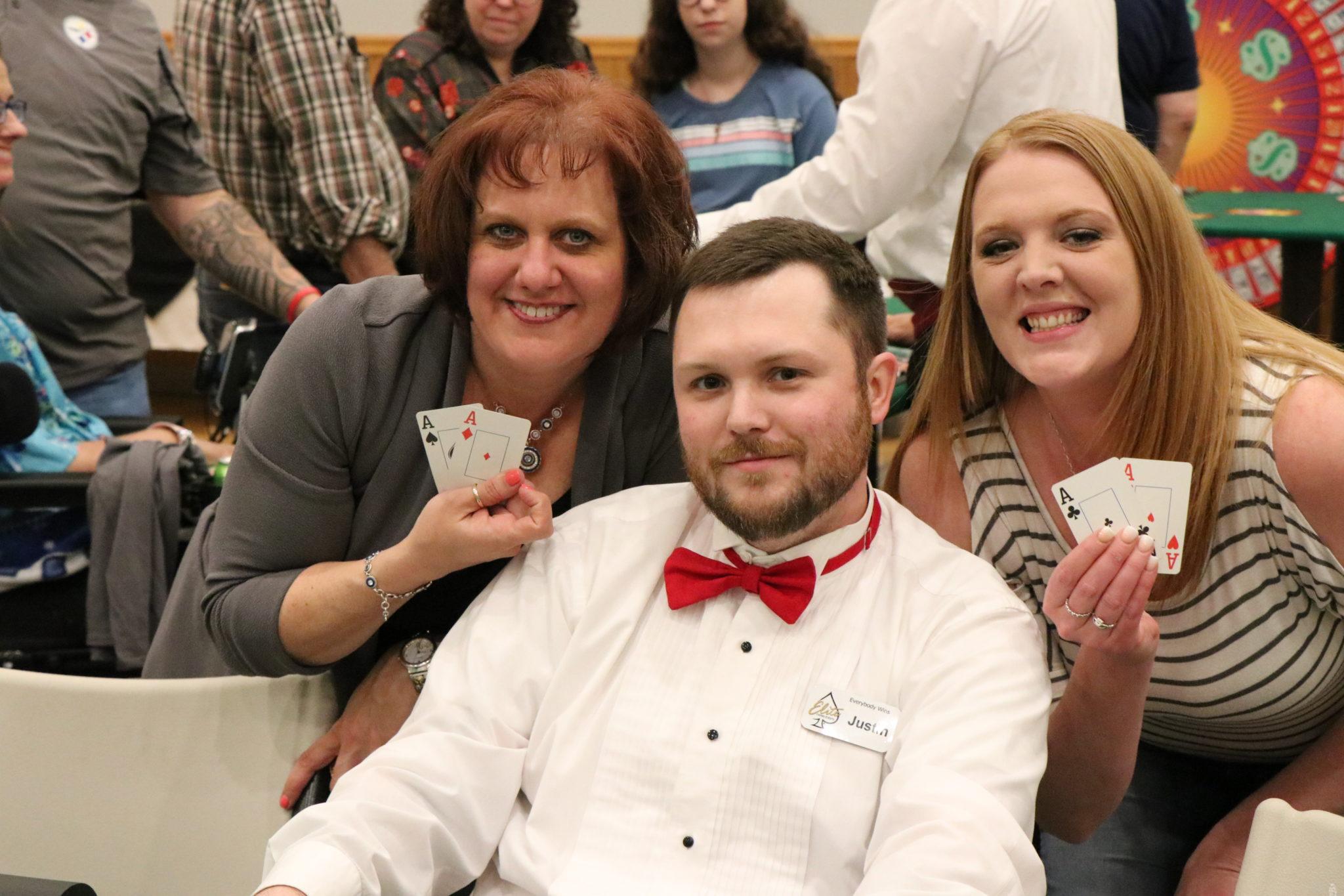 Texas Hold'em Poker Tournament Dealer